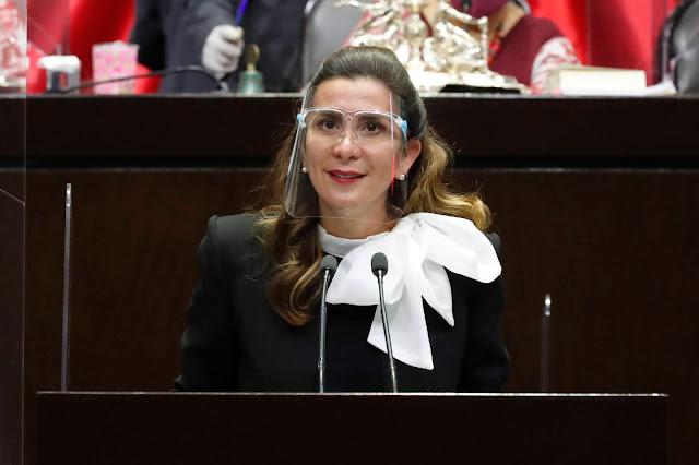 Urge Soraya Pérez a la Ssa replantear política nacional de vacunación contra el Covid-19