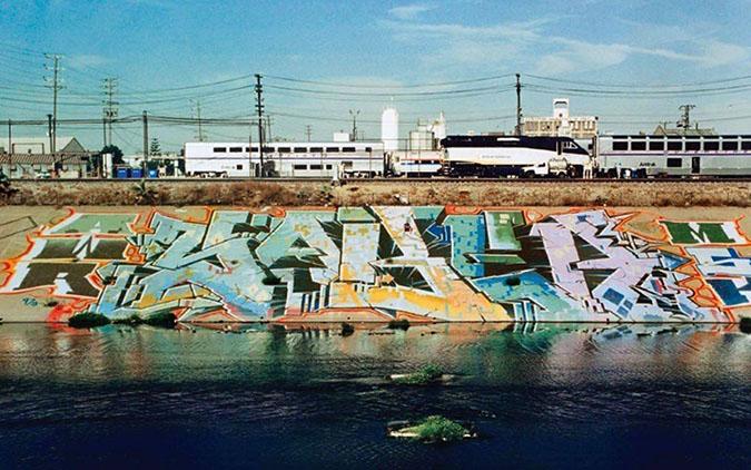 Grafiti Saber LA River