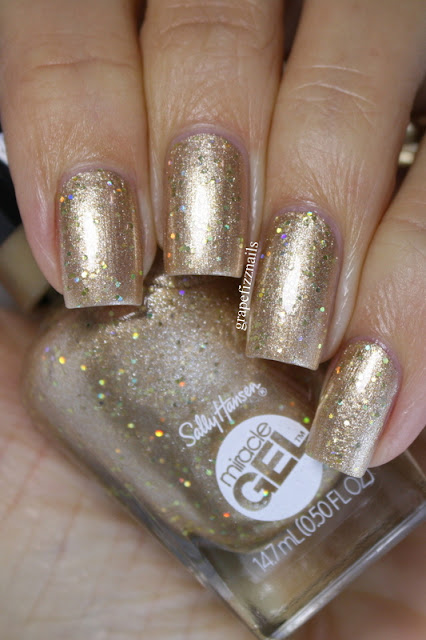 Sally Hansen Holiday Collection 2019, Oh My Gold!
