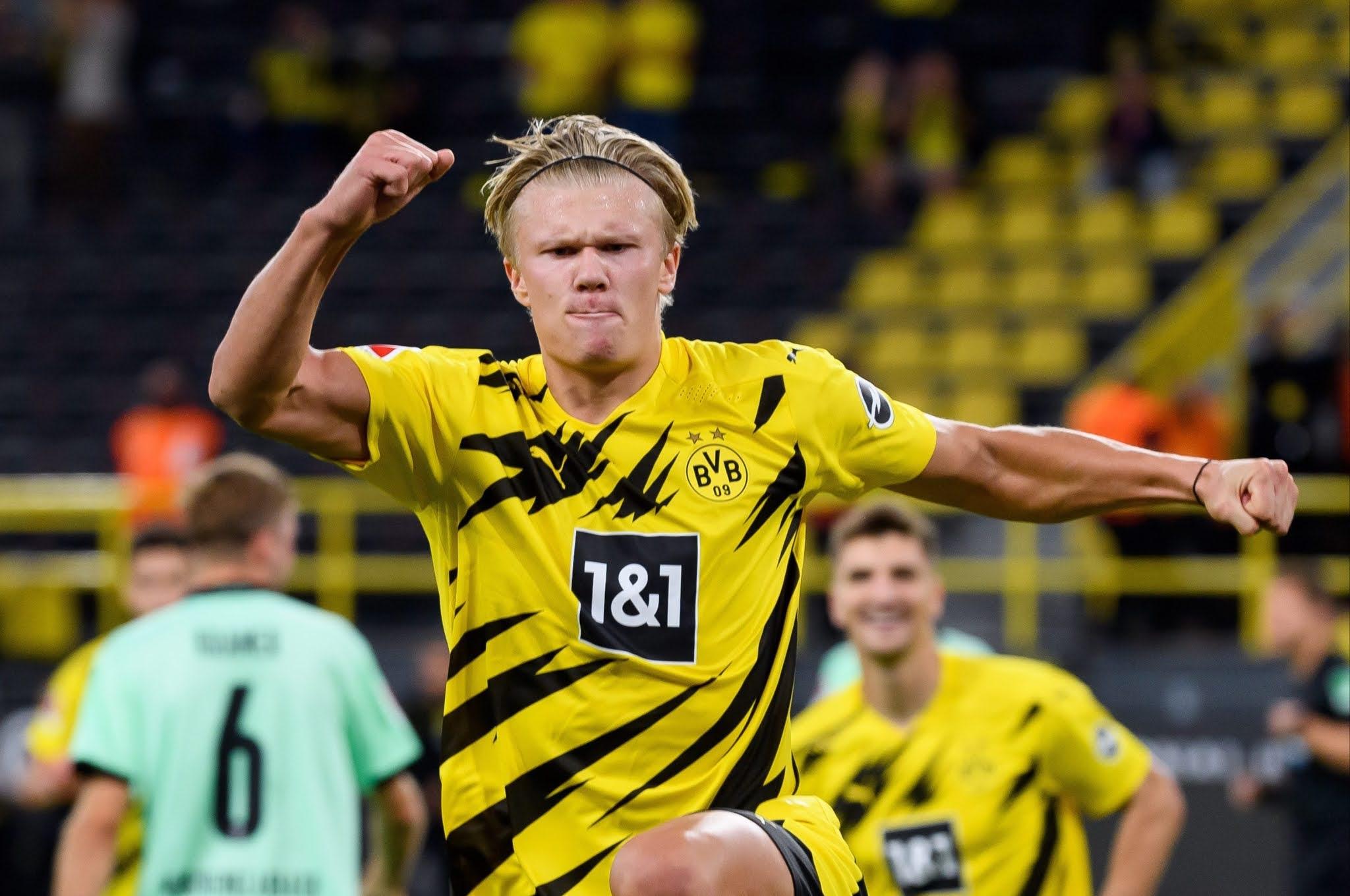 Borussia Dortmund striker Erling Halaand