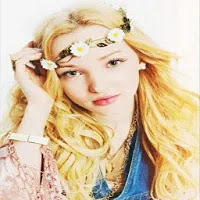 Dove Cameron Wallpapers 2020 v1.0 Apk Download for Android