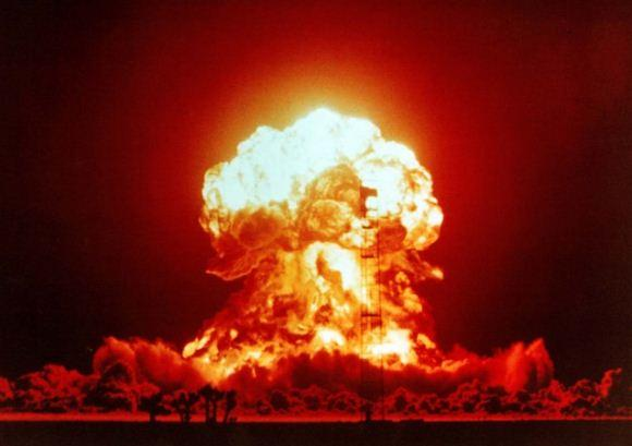 Ilstrasi perang nuklir