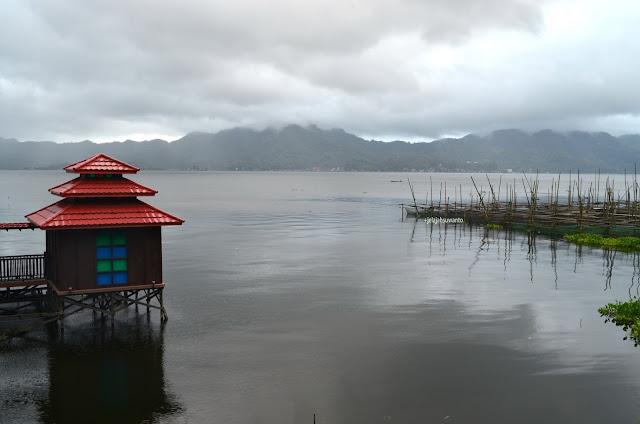 Dikelilingi Pegunungan Danau Tondano, Tondano, Sulawesi Utara +jelajahsuwanto