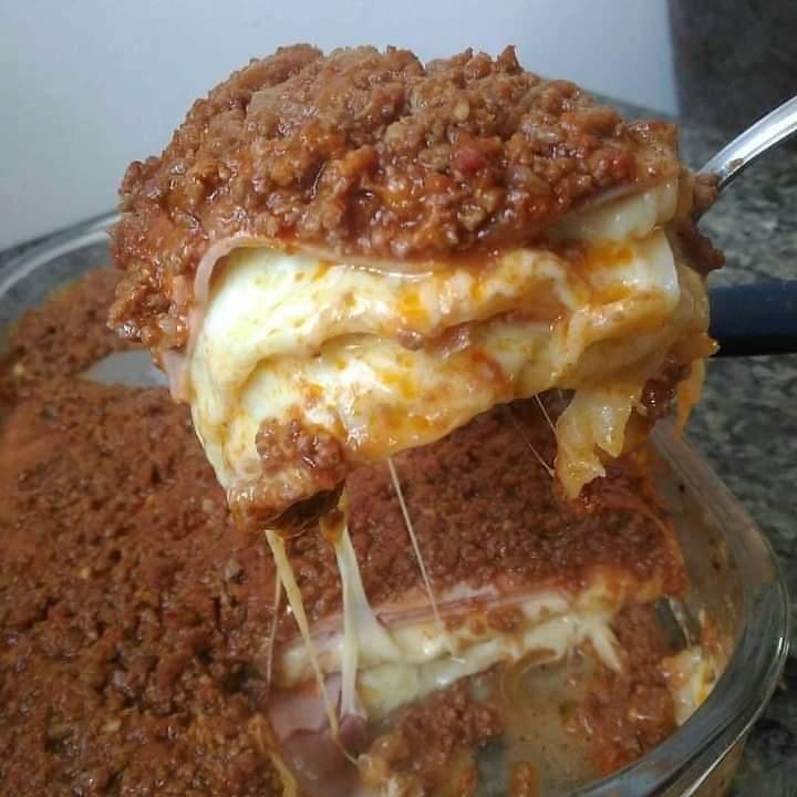 Lasanha de carne moída tradicional