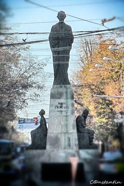 Monumentul Luceafãrului - Iasi - blog FOTO-IDEEA
