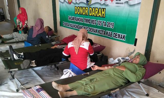 Donor Darah Juga Warnai Penutupan TMMD Kalikondang