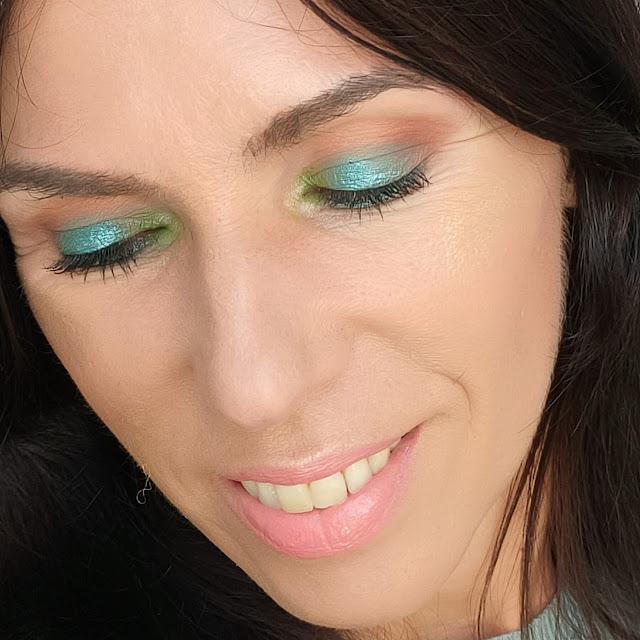 Paleta Miss Juicy de LOVELY 11