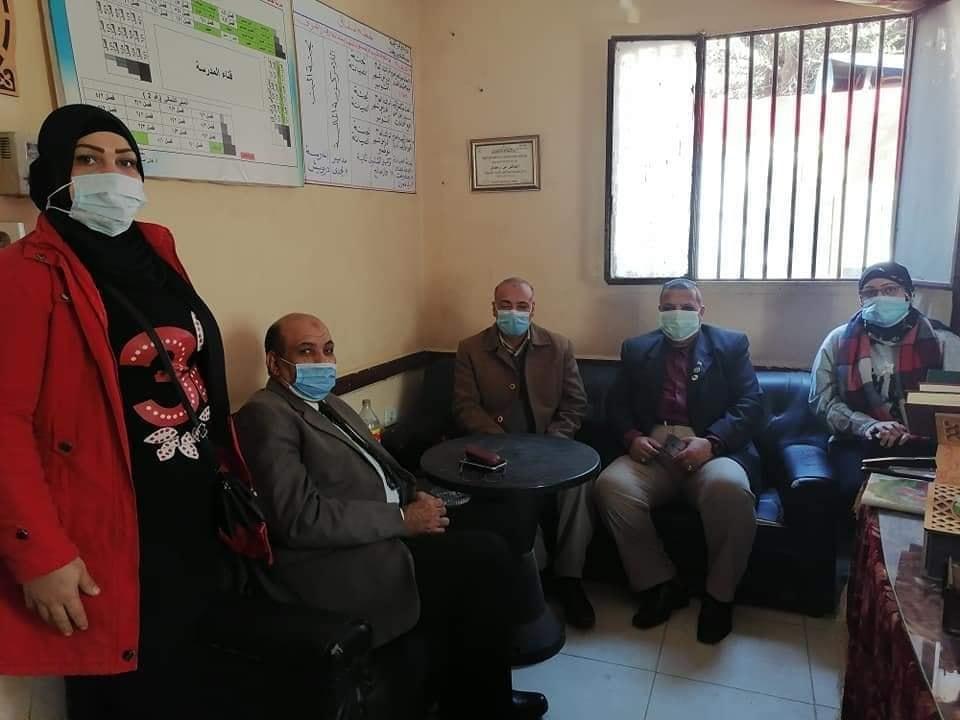 مدير مدرسه العاشر من رمضان