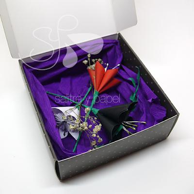 tocado flores de papel origami en caja