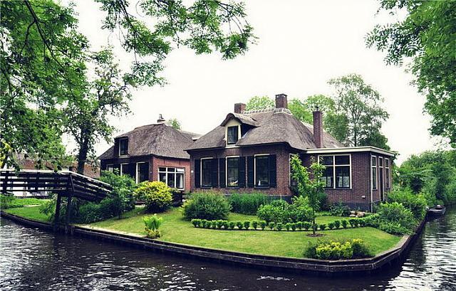 Giethoorn, Floating Village in Netherlands