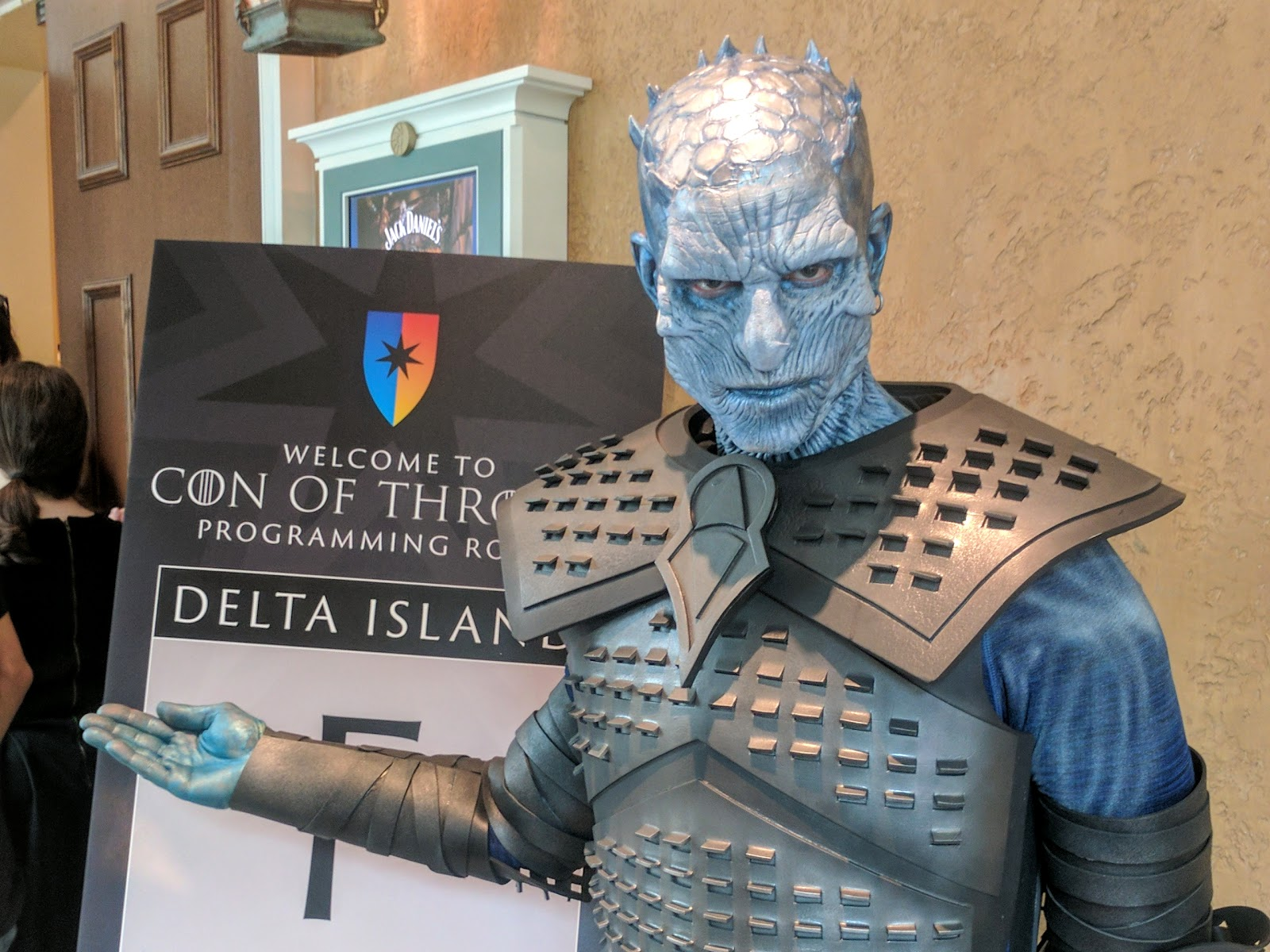 The Nights King cosplay at Con Of Thrones
