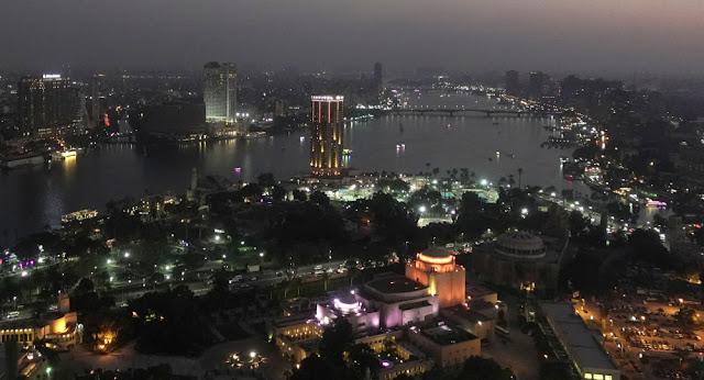 دولة خليجية تدعو مواطنيها في مصر للتواصل معها وإعادتهم إلى البلاد