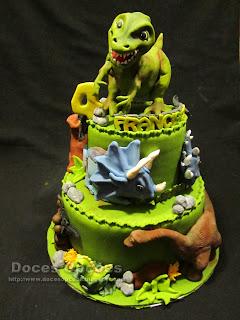 bolo dinossauros doces opções bragança