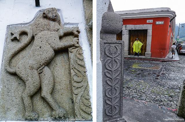 Detalhes da decoração das fachadas coloniais de Antigua, Guatemala