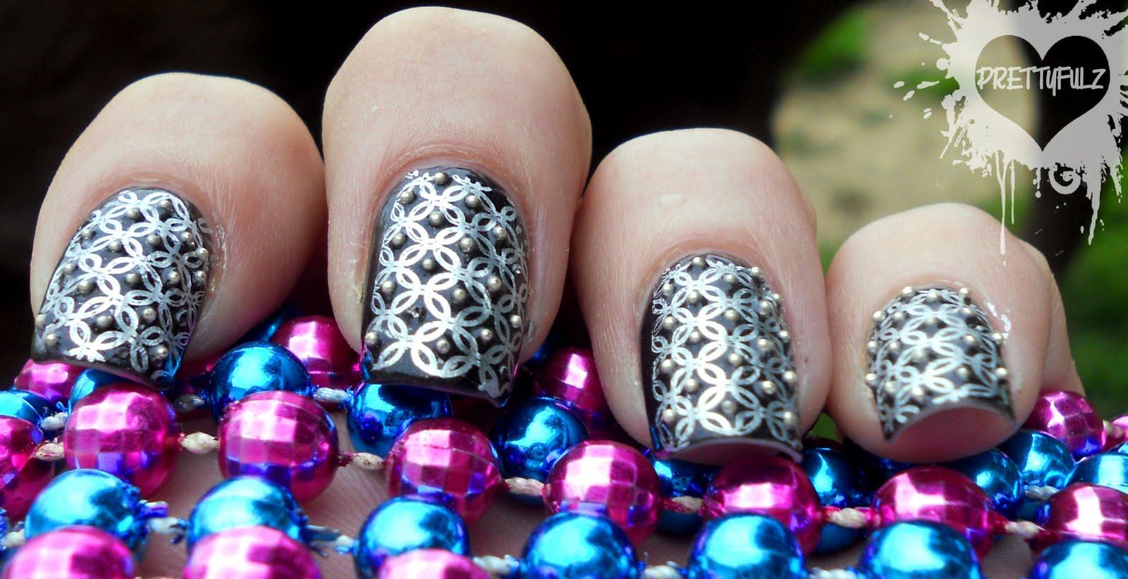 Prettyfulz: Black & Silver Deco Nail Art Design