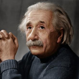 Albert Einstein Sözləri