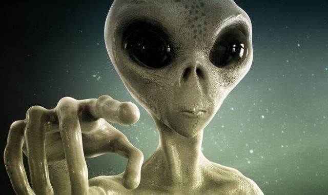 الكائنات الفضائية حقيقية وتعيش بيننا !