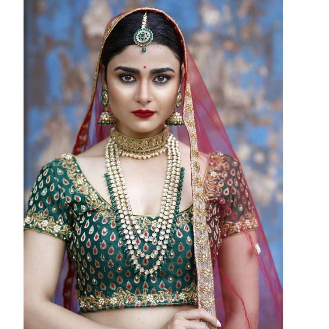 Savaari Movie Heroine Priyanka Sharma Photo Shoot Images - IindianActress.top