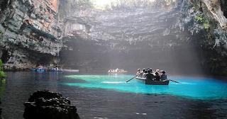 Η Λίμνη Μελισσάνη της Κεφαλονιάς, στην λίστα με τις πιο εντυπωσιακές λίμνες του κόσμου