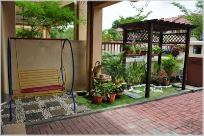 foto taman belakang rumah asri