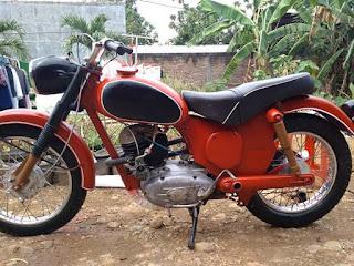 Dijual Motor Antik Puch 250cc austria