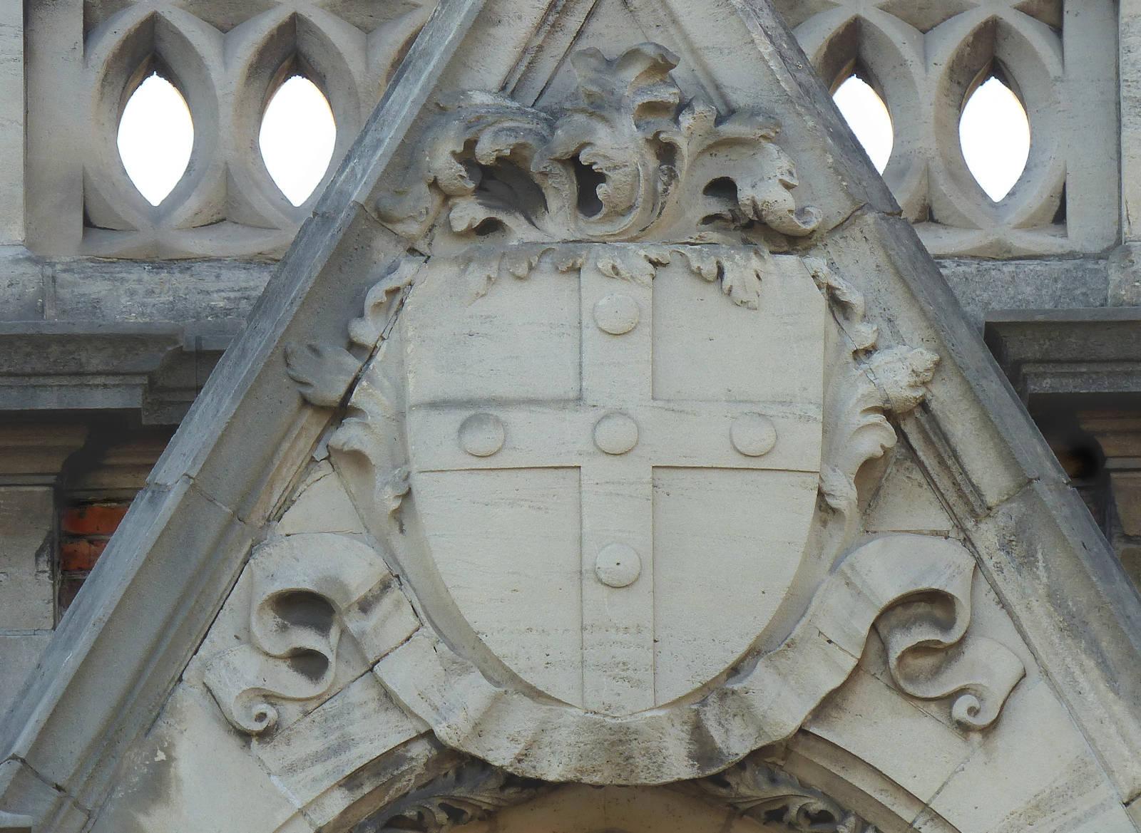 Chapelle du Voeu, Tourcoing - Blason Tourcoing en Bas-relief