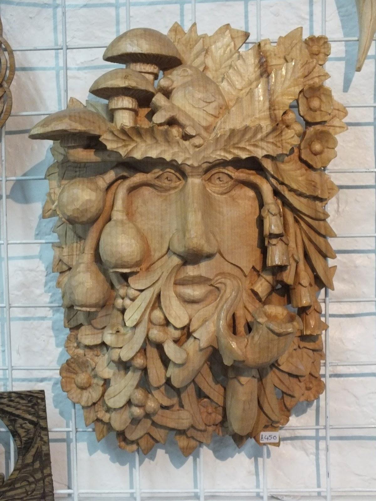Local chainsaw carver profiled by monstrinthedark u the harlem