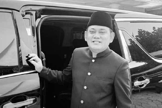 Bupati Bekasi, Eka Supria Atmaja Hembuskan Nafas Terakhir akibat Derita Covid-19 .lelemuku.com.jpg