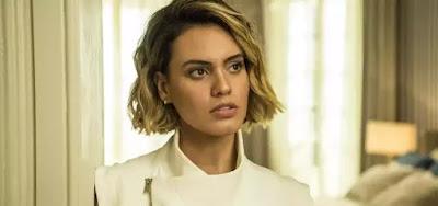 Estela (Letícia Lima) vai se envolver num romance proibido com Álvaro (Irandhir Santos)