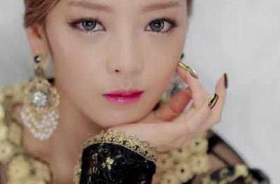 k_pop_star_makeup