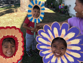 """Занятия с детьми """"Цветы одного сада"""""""
