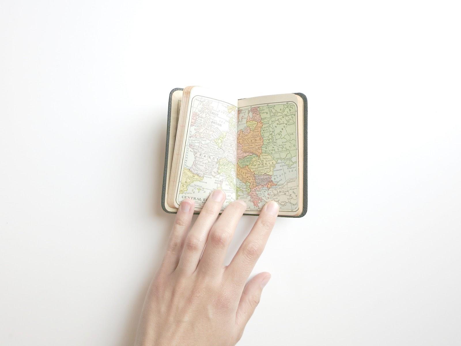 worldbuilding, world building, crear un mundo para tu historia, mundo para tu novela, cómo crear un mundo de fantasía, cómo crear un mundo de ciencia ficción, cómo escribir fantasía, cómo escribir ciencia ficción, qué es el worldbuilding, cómo empezar un mundo, novela, historia, escribir