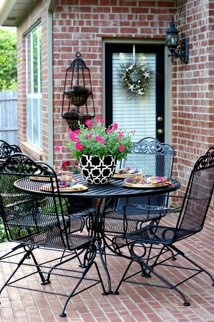 wrought iron patio furniture with roundtable