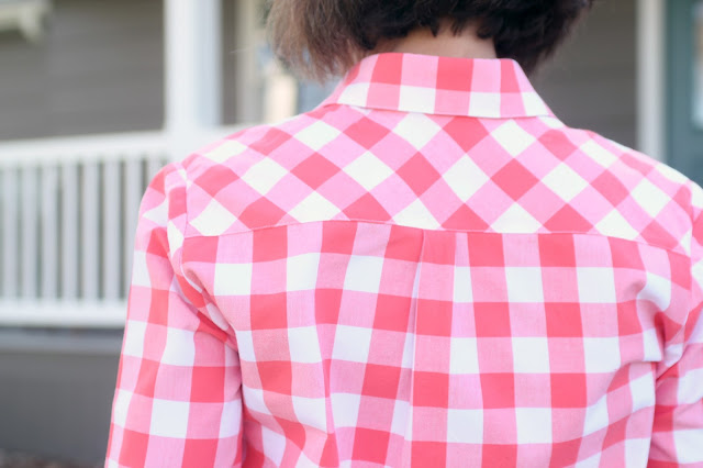 Grainline Archer Shirt in Style Maker Fabrics' gingham - bias back yoke
