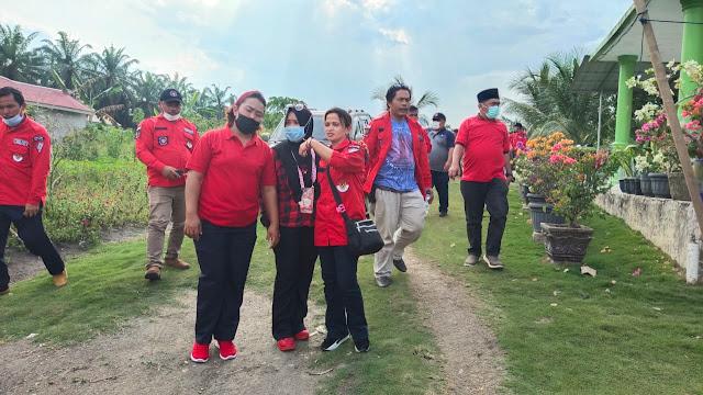DPC PBB Siak dan PAC PBB Se Kabupaten Siak Mengunjungi dan Memberikan Bantuan Kepada Korban Kebakaran