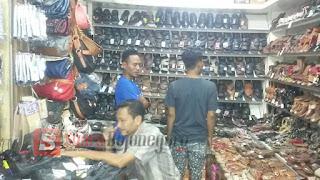 H-4 Lebaran Pedagang Pasar Keluhkan Sepinya Pembeli