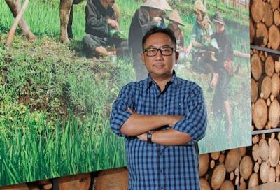 Santoni, Owner Restoran Bumbu Desa