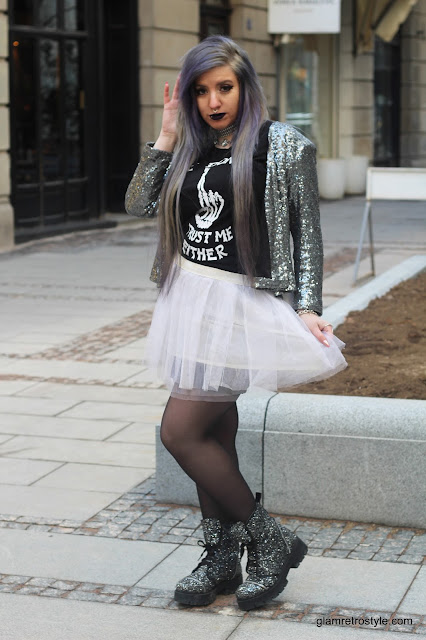 outfit idea goth punk girl silver lilac hair nu goth glam punk black lipstick