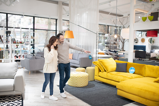 Buying Furniture through a Wholesale Store