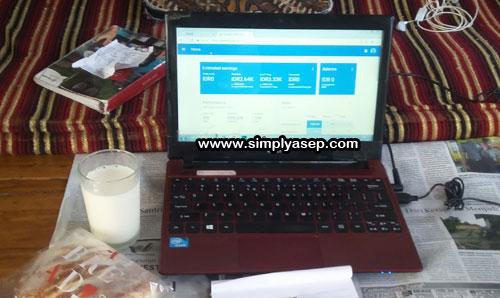 Baik Laptop atau Gadget bisa menjadi sumber masalah bagi anda terhadap kerahasiaan sebuah identitas.  Foto Asep Haryono
