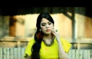 Lirik Rinai Mambaok Sansai - Ratu Sikumbang
