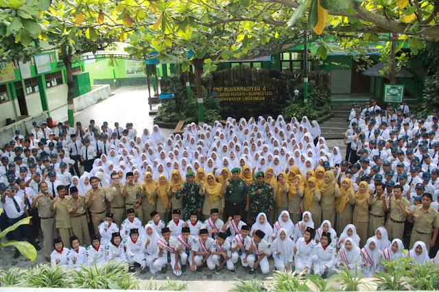 KodimKaranganyar - Menjadi Irup Upacara Danramil 05 Mojogedang Berikan Wasbang SMP Muhammadiyah 4 Mojogedang