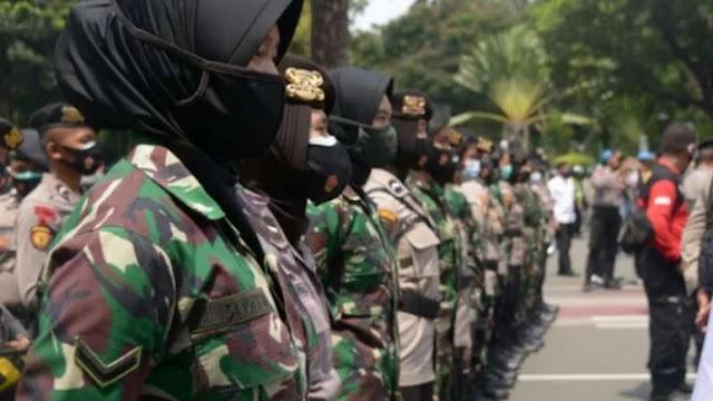 TNI Turunkan Tentara Wanita Hadapi Demo FPI