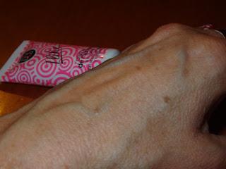 crema de manos de valquer