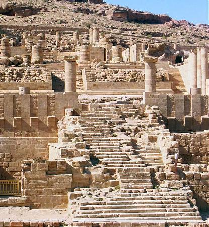 المعبد الكبير - البتراء