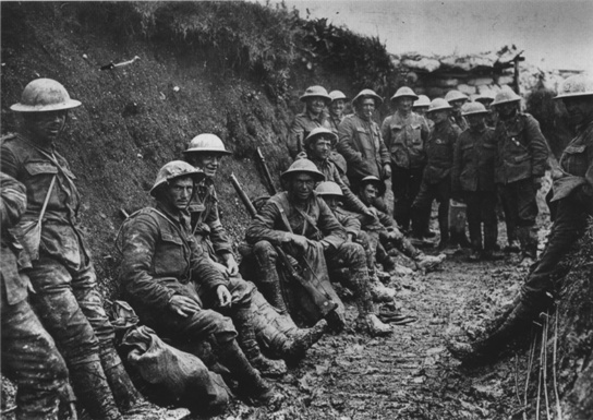 WW1 Royal Irish Rifles-in the trenches - Battle of Somme July 1916
