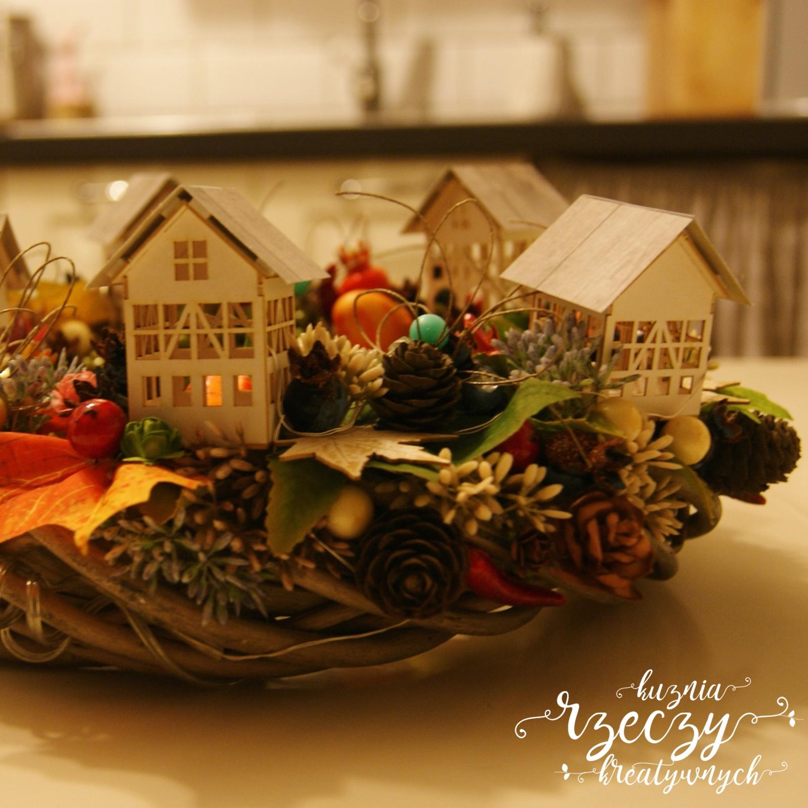 Jesienny, klimatyczny stroik inspirowany piękną, złotą jesienią na wsi.