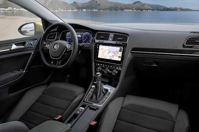 VW Golf 2018 - interior