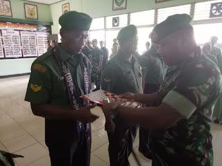 Dandim Pimpin Upacara Purna Tugas Personel Kodim 1202/Skw
