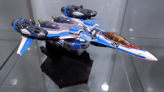 DX Chogokin VF-31 J Siegfried